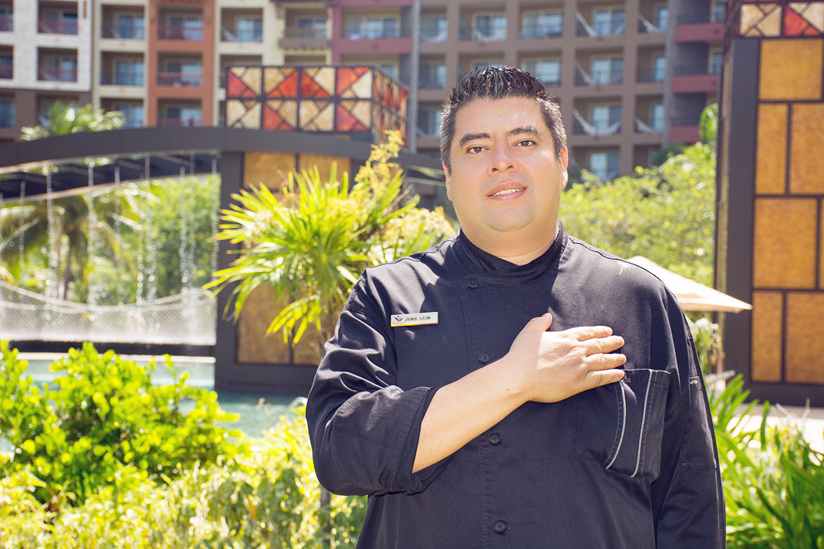 Chef Jose Luis a Cut Above the Rest