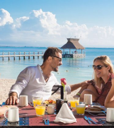 What's the Deal with Cancun All Inclusives?