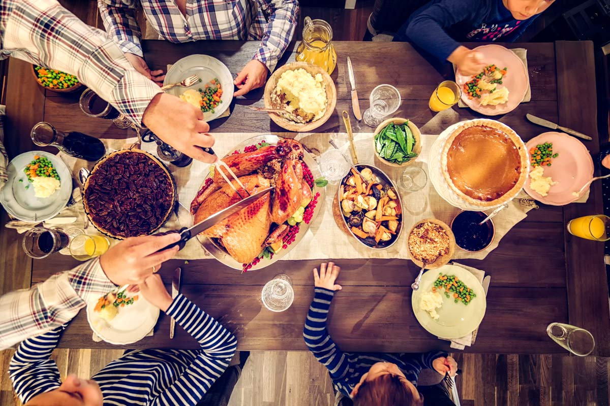What People Eat for Christmas Dinner Around the World